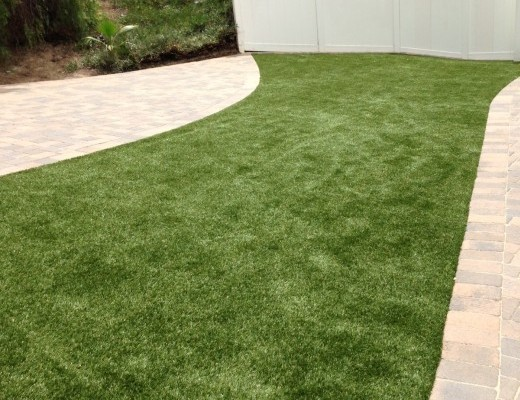 Synthetic-Grass10-520x400