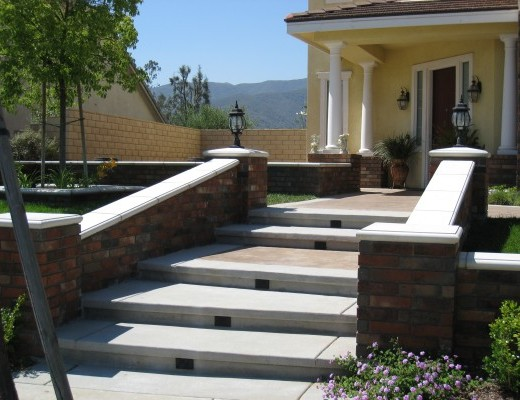 hardscapes-walkways3-520x400